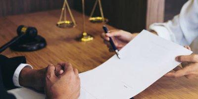 Representación judicial en litigios complejos y ordinarios.